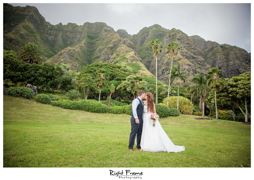 Oahu Hawaii – Kualoa Ranch Wedding at Paliku Gardens | Waikiki ...